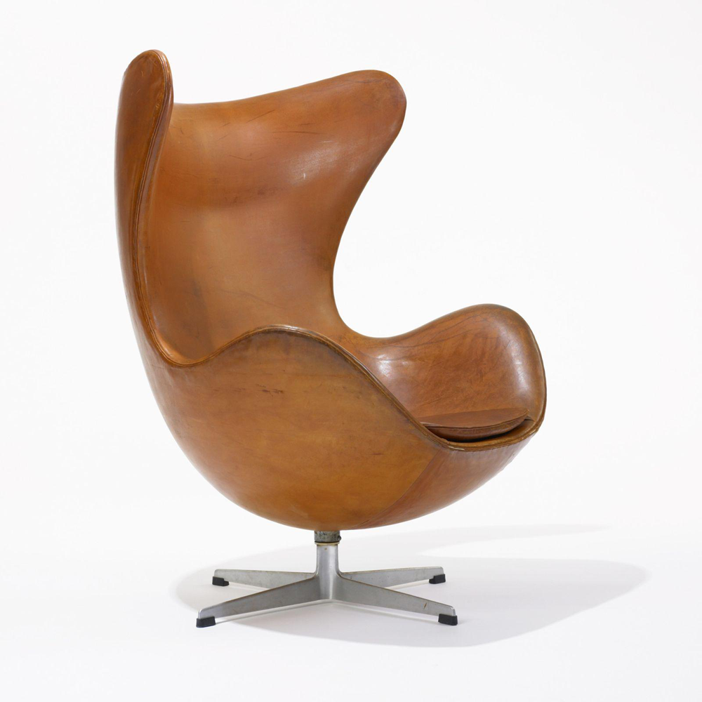 Designapplause egg chair arne jacobsen for Chair design leather
