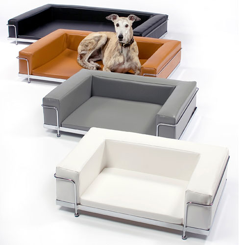 Dog Sofa Le Corbusier Style. Le Corbusier