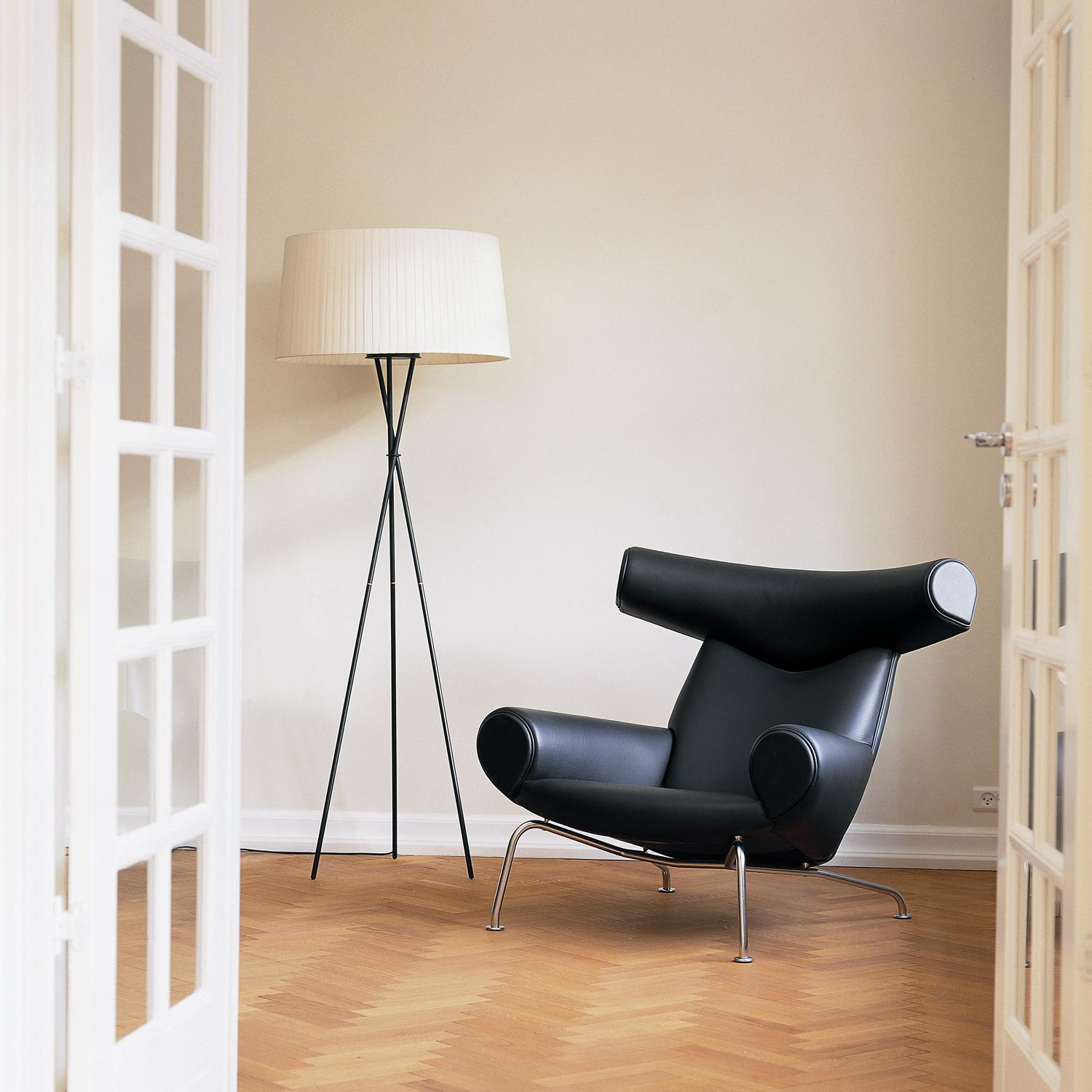 designapplause ox chair hans wegner. Black Bedroom Furniture Sets. Home Design Ideas