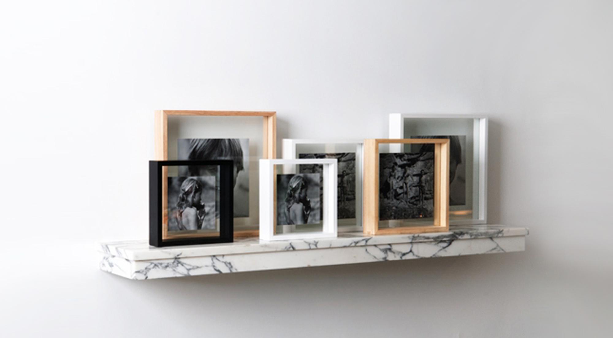 designapplause floating box picture frame xlboom. Black Bedroom Furniture Sets. Home Design Ideas